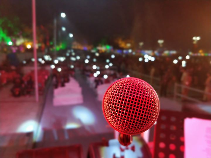 Last night was beautiful. Thank you Kankaria Carnival. See you next year :D  (agar main free hua toh)  #nofilters  #oneplus5t #kankarialake #kankariacarnival #giglife