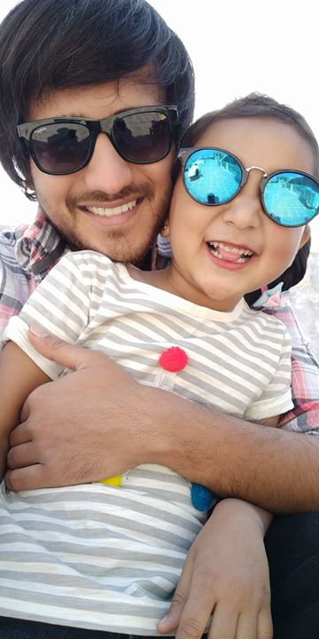 Picture with my niece from Makarsankranti day. Every year she comes down to Vadodara from Surat to celebrates it with me : )   #niece #uttrayan2k18