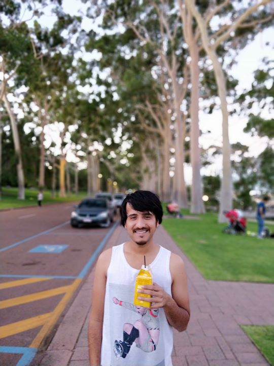 I am done with my shows in Australia, thank you so much everyone who supported 🤘🏻 now time to chill in Perth for the next 2 days before we head back home.  #kingspark #perth #bananashake #justchilling