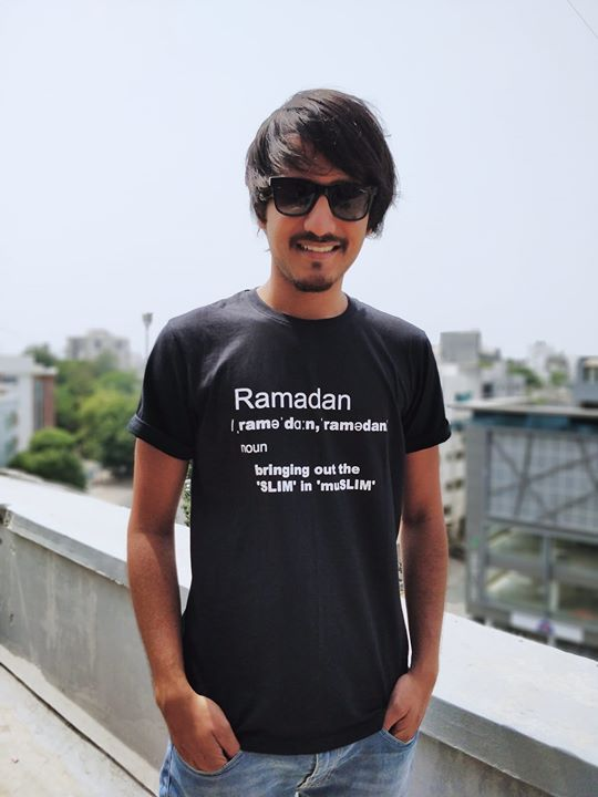 Get this Ramzaan special T-shirt from here: https://goo.gl/4qjnTP  Thank you Hashtag india store for this 😅  Follow their page to make your customized T-shirts,  Use aariz10 as coupon code ;)  #hashtagstoreindia #ramadan #ramadanspecial #indianramadan #indianramzaan