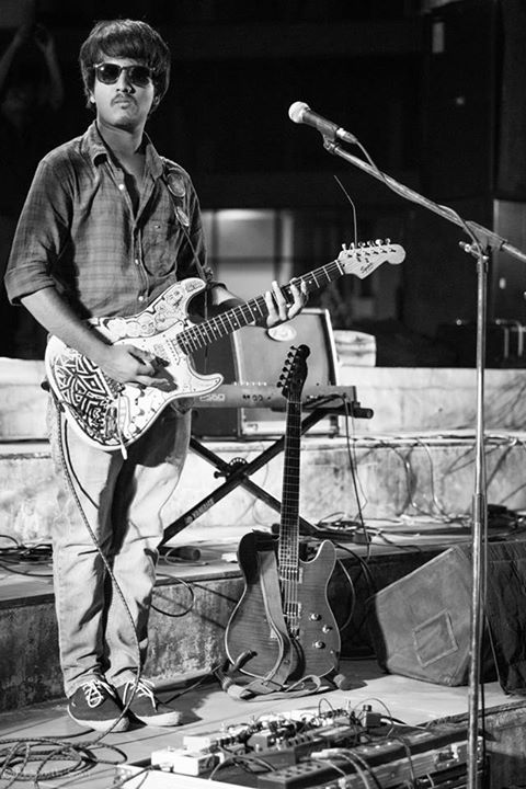 Major missing of my band (Outro) happening today :D so posting these pictures from one of our shows in Surat science center, I guess this was 2013 Picture courtesy: Bhaumik Soni  #band #musician #guitarist #liveshows #surat #sciencecenter #blacknwhite #monochrome #gigs #audience