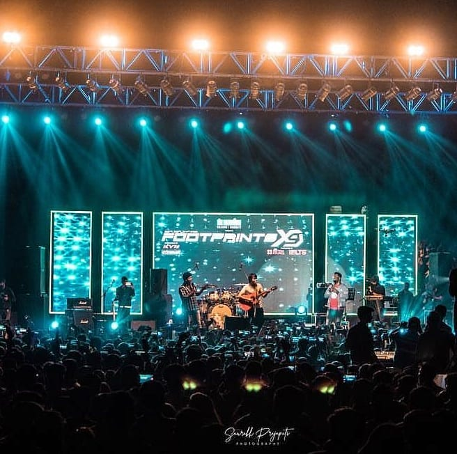 Throwback thursday to last sunday 😁 Picture courtesy: @creativemedia03 #footprints2019 #tbt #tcfindia #throwback #stage #audience #live #show #livemusic #garbashuffle #concert