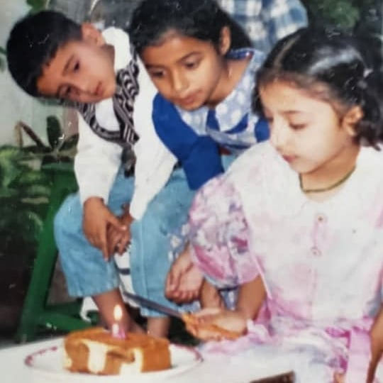 Aariz Saiyed,  throwbackmonday, throwback, 90skid, instakids, kids, cake, birthdaygirl, birthday, birthdays, 90s