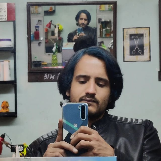 Some clicks from the shoot of my web series CUTTING. Now streaming on OHO GUJARATI APP. I love being on sets because there is always so much to learn from every department working on making one scene one frame possible. I love working as the BTS team more as there is hardly any break or boredom time in between, but as an actor one has to be super patient when it comes to shoots, you as an actor may be hired for an entire day but your performance and shoot duration is hardly for an hr. All actors here would agree that the waiting time on sets is the biggest test an actor could pass, in the sense that you do nothing and simply wait for hours but still manage to deliver the energy and performance required by the script. Well on frame or behind the frame, I love the process of film making, it has taught me patience❤️ I miss you my Zulfe...but I am also in love with this change ❤️