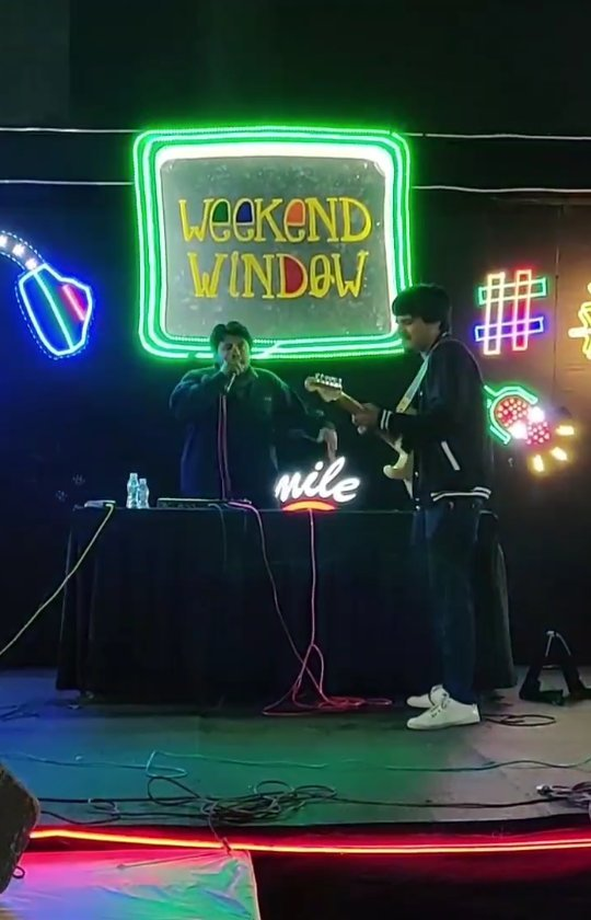 In 2019 somewhere in Rajkot me and @jesusmehta just did a free jam on stage for @weekendwindow . Good practice, good fun. nothing in this music or lyrics was planned. We are just improvising.