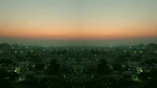 Just a waqt-lapse. Have you seen my hashtag any day by the way?  #gyaandude #getupanddriveyourfunkysoul #jamesbrown #timelapse #sunset #sunsettimelapse #vadodara