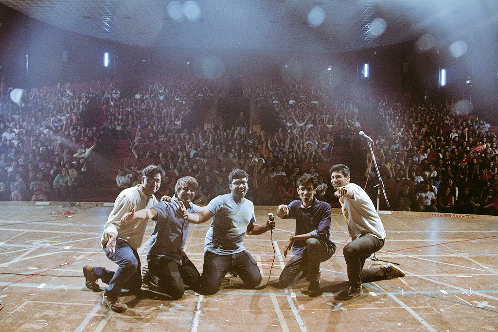 Amazing show with the lads last Sunday for @Stage42Fest in vadodara! #stage42 #kanangill #biswa #thecomedyfactory https://t.co/895BHoo7wQ