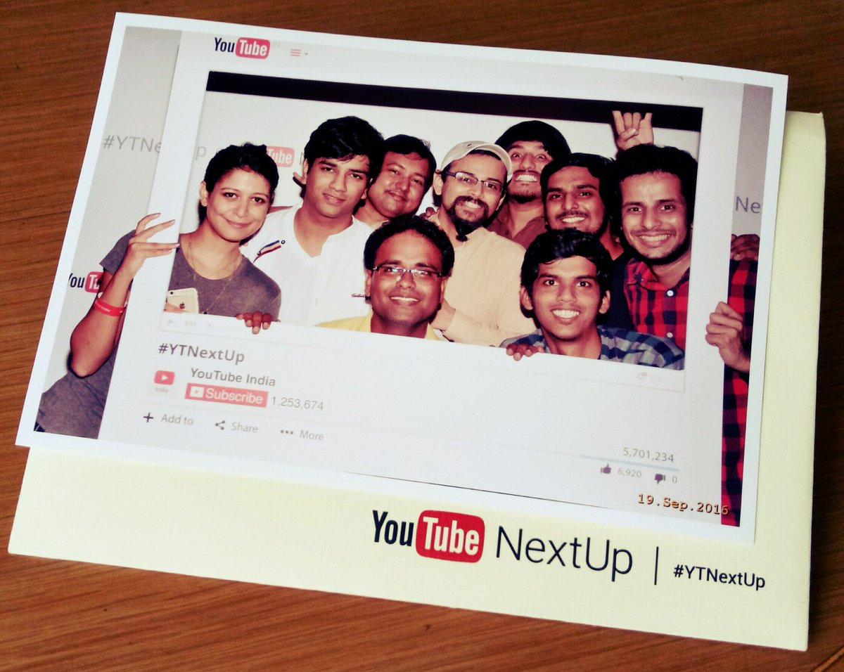 Day 1 ended on a high with this picture of my YTNEXTUP team, learning n knowing talents! Time 4 day 2!  @YTCreatorsIndia #YTNextUp https://t.co/YM5s3CqKCX