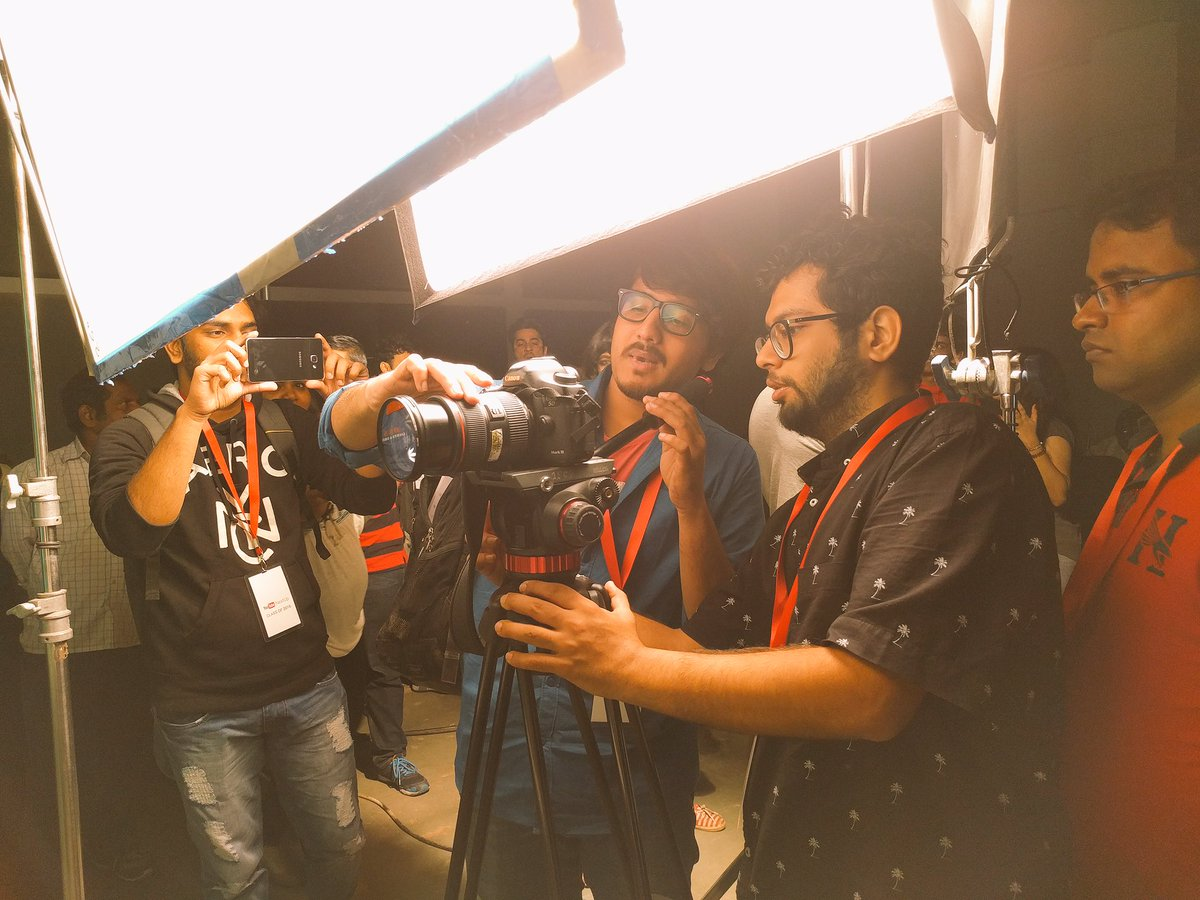 RT @YouTubeSpaceMum: Shoot shoot shoot shoot shoot 😉 #YTNextUp #YouTubeSpaceMum https://t.co/1HSjWjAINz